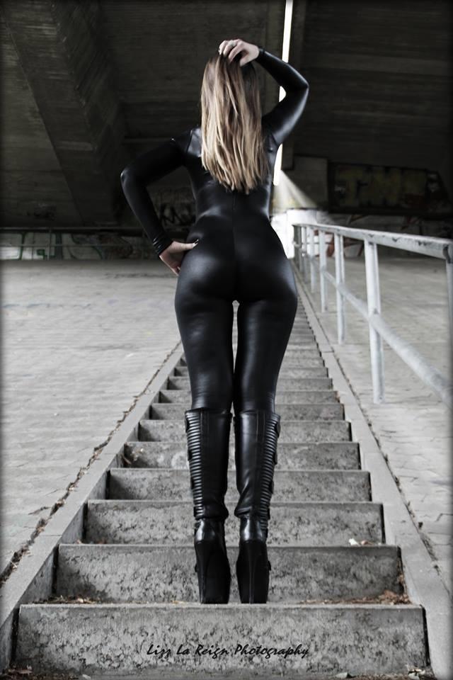lizz-la-reign-sexy-fotos-1