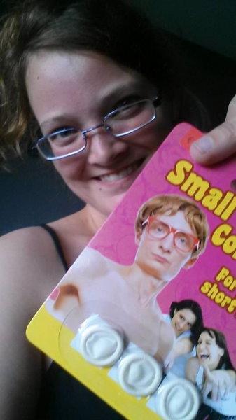 zu-klein-kleinschwanz-kondom-1